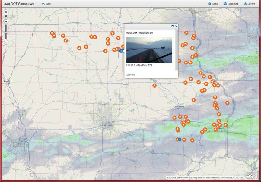 The ArcGIS Online public site, running live.