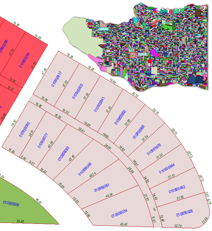 MapTextLabeller - Vancouver Parcels